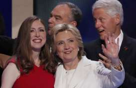 Bill Clinton Buka-bukaan Soal Perselingkuhannya dengan Monica Lewinsky