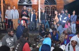 Kapolda Papua Kunjungi 917 Pengungsi, Mereka Ketakutan Diserang KKB