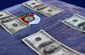 Ratusan Lembar Dolar Palsu Diamankan saat Razia Kendaraan di Kuningan