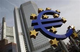 ECB Pertahankan Suku Bunga Acuan, Umumkan Paket Stimulus
