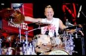 Drum Bikin Sandy Pas Band Lebih 'Laki'