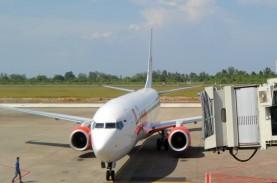 Penumpang AirAsia ini Dilarikan ke RS Padang, Sesak…