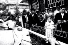 Historia Bisnis : Tim Raja Ekonomi Gus Dur Dikritik…