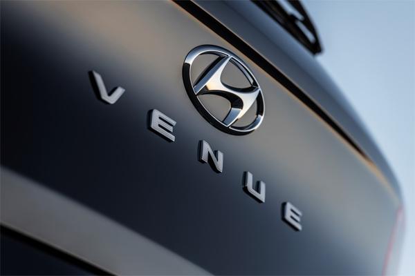 Hyundai Venue, crossover utility vehicle mengincar segmen entrepreneur muda.  - Hyundai