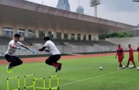 Kiper Bali United Nadeo Argawinata Tetap Berlatih Meski Sedang Libur