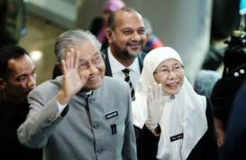 Mahathir Mohamad Menjalani Karantina Mandiri