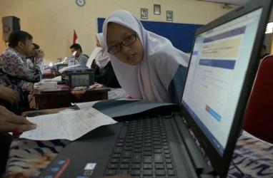 Jokowi Putuskan Ujian Nasional 2020 Ditiadakan karena Virus Corona