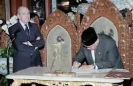 Historia Bisnis: Stabilkan Rupiah, BI Kaji Trading Band