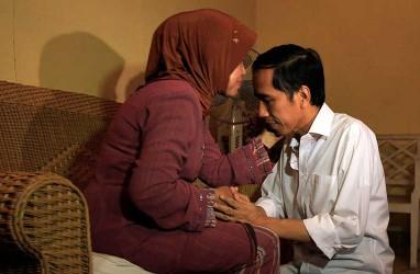 Ibu Presiden Jokowi Meninggal Karena Kanker Tenggorokan