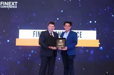 Christoefel Champ Chayadi Menangi FiNext Awards & Conference.