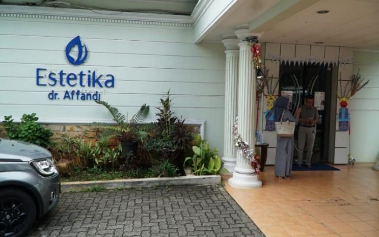 Klinik kecantikan -
