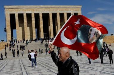 Hadapi Virus Corona, Turki Hentikan Penerbangan Internasional
