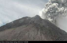 Gunung Merapi Meletus Minggu Dini Hari, Tinggi Kolom 1,5 Kilometer
