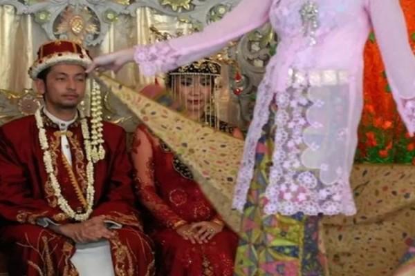 Selama Wfh Daftar Nikah Hanya Lewat Online Begini Caranya Kabar24 Bisnis Com