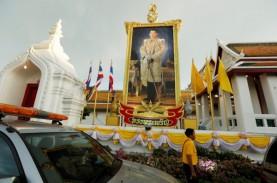 Raja Thailand Bawa 20 Selir, Pindah ke Hotel Mewah…