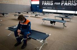 BERITA FOTO : Beginilah Kerja Tim Evakuasi di Prancis Saat Wabah Virus Corona