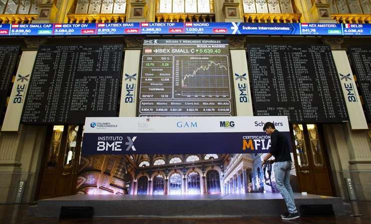 Bursa Efek Madrid, Spanyol. -  Angel Navarrete / Bloomberg