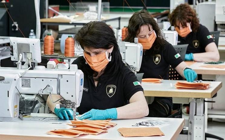 Pabrik Lamborghini beralih fungsi sebagai produksen masker