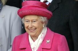 Ratu Elizabeth Apresiasi Para Petugas Medis