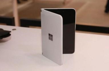 Microsoft Patenkan Ponsel dengan Tiga Layar