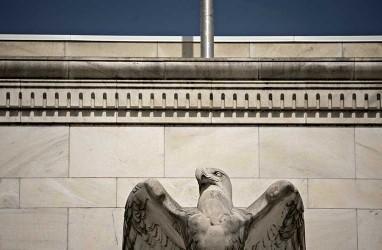Fed Minutes: Bank Sentral Ulur Waktu dengan Pemangkasan Suku Bunga