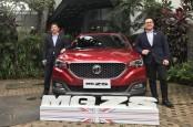 MG Motor Serahkan Unit Pertama ZS ke Konsumen