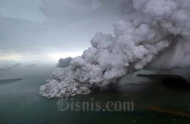 Mbah Rono: Erupsi Gunung Anak Krakatau Bisa Jadi Daya Tarik Wisata