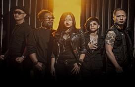 Grup Band Cokelat Persembahkan Lagu Bagimu Negeri untuk Tim Medis