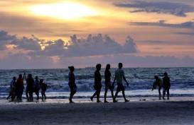 Duh! Sejumlah Turis di Bali Beraktivitas Tanpa Gunakan Masker