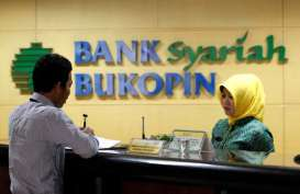 Jelang Ramadan, Bank Bukopin Syariah Bagi Sembako untuk Kaum Dhuafa