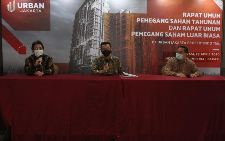 Hasil RUPS Tahunan PT. Urban Jakarta Propertindo (URBN), Kamis (23/4/2020) memutuskan untuk meunjuk  pengurus baru perseroan, yaitu (dari kiri ke kanan) Bambang Sumargono (Direktur Utama), Rudy Gomedi (Komisaris Independen) dan Firdaus Fahmi (Direktur). - Urban Jakarta