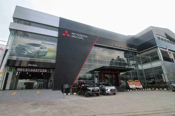 Dealer Mitsubishi Nusantara Berlian Motor di Cikokol.  - MMKSI