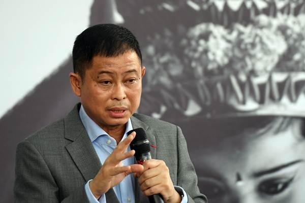 Menteri ESDM Ignasius Jonan memberikan materi pada forum Tri Hita Kirana (THK) dengan agenda Sustainable Development Goals (SDGs) di area penyelenggaraan pertemuan tahunan IMF World Bank Group 2018 di Nusa Dua, Bali, Rabu (10/10/2018). - Antara/Zabur Karuru