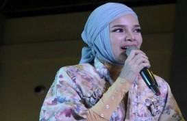 Sambut Ramadan, Dewi Sandra Berbagi Pengalaman Saat Hijrah