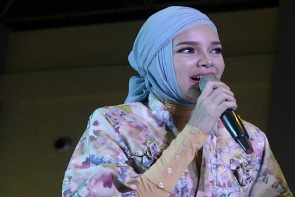 Dewi Sandra - Antara