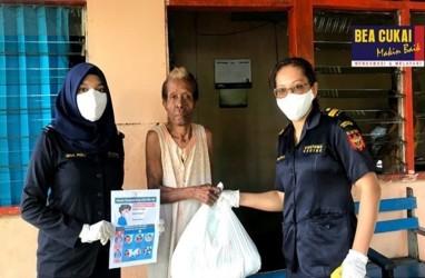 Aksi Sosial Di Tengah Pandemi, Bea Cukai Jayapura dan Bea Cukai Gresik Bagi-Bagi Sembako