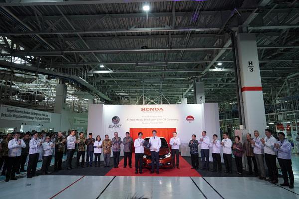 Perayaan 20 Tahun PT Honda Prospect Motor dan Seremoni Produksi Perdana All New Honda Brio untuk Pasar Ekspor di Pabrik Karawang, Selasa (26/3/2019).  - HPM