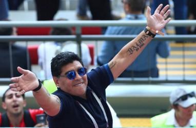 Bantu Atasi Corona di Napoli, Jersey Maradona Hasilkan Rp925 Juta