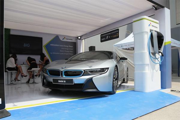 BMW i8 PHEV. - Bisnis.com