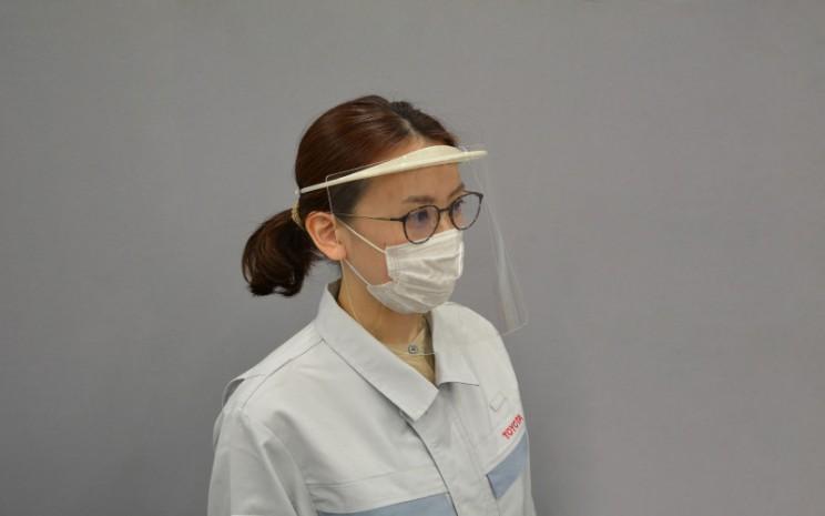 Toyota Group berinisiatif mendukung upaya garis depan sektor medis, yang bekerja keras untuk mendiagnosis dan merawat pasien Covid/19, sebagai bagian dari Proyek Kokoro Hakobu. / Toyota