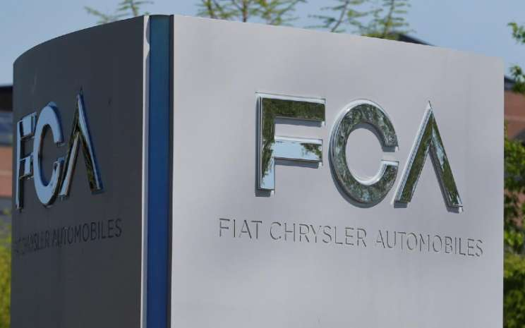 Logo Fiat Chrysler Automobiles (FCA) / REUTERS