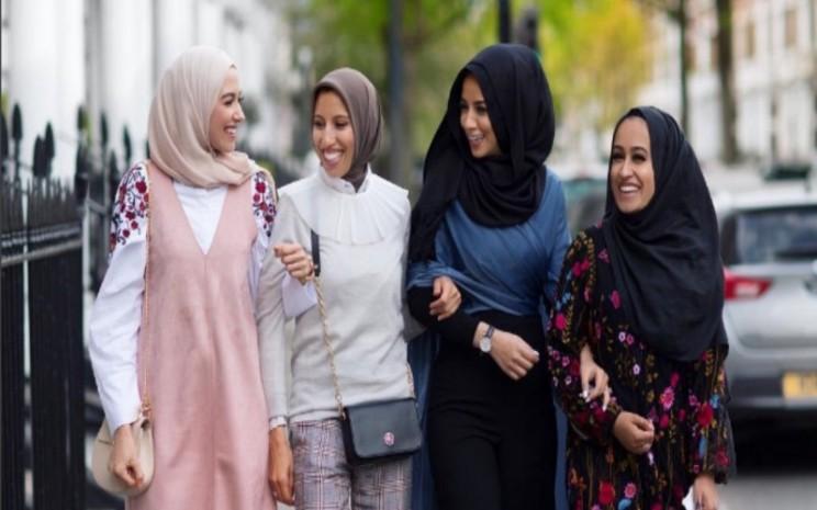 Tips memakai hijab sehari/hari