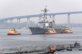 64 Awak Kapal Perusak USS Kidd Positif Corona, 300…