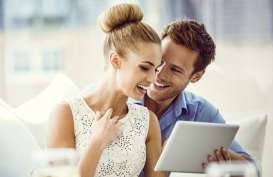 10 Cara Bikin Hubungan Semakin Romantis