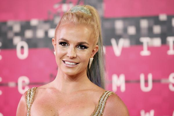 Britney Spears di ajang MTV VMA 2015 - Reuters
