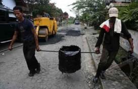 Kementerian PUPR Beli 10.000 Ton Karet dari Petani untuk Proyek Pemeliharaan Jalan