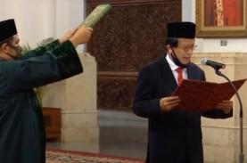 Jokowi Resmi Melantik Dian Edina Rae Menjadi Kepala…