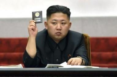 Vladimir Putin Beri Kim Jong-un Medali Penghargaan
