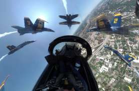 Atraksi Jet Tempur F18 Blue Angels untuk Pejuang Corona…