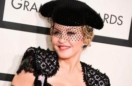 Madonna Terinfeksi Virus Corona Saat Konser di Paris